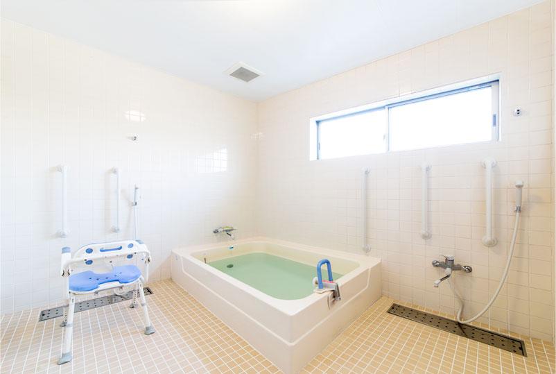 リーガルシニア瓢箪山居室風呂場