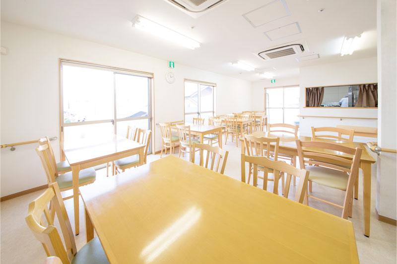 リーガルシニア瓢箪山居室食堂
