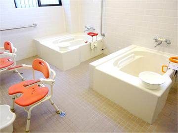 リーガルシニア八尾浴室